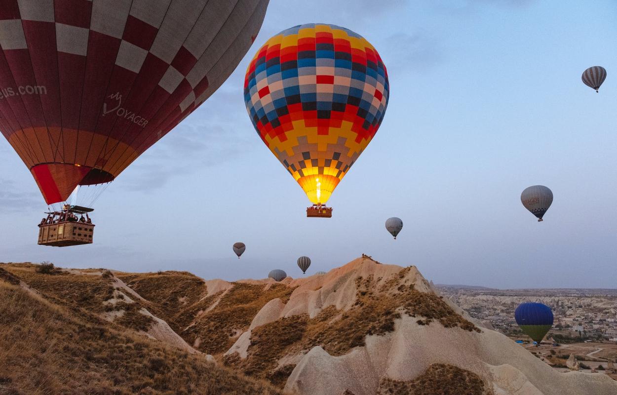lidojums ar gaisa balonu vēsture
